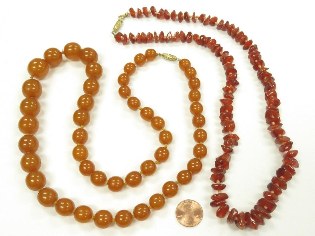 LOT (2) VINTAGE NECKLACES INCLUDING TUMBLED AGATE AND