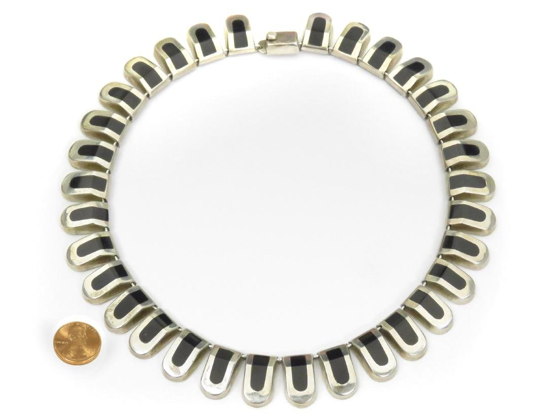 TAXCO/MEXICAN 'J.COMES' 925 STERLING NECKLACE WITH ONYX