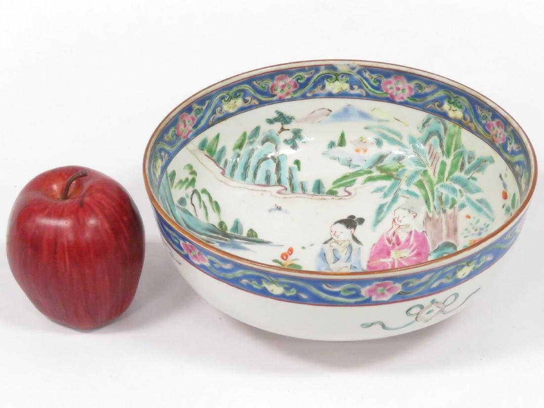 CHINESE FAMILLE ROSE DECORATED PORCELAIN BOWL. HEIGHT 3