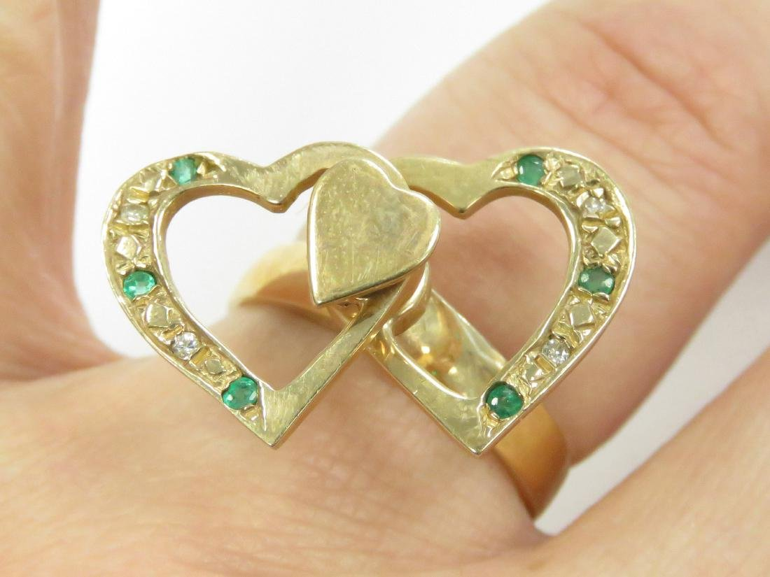 14K YELLOW GOLD RING WITH ROTATING HEARTS SET WITH