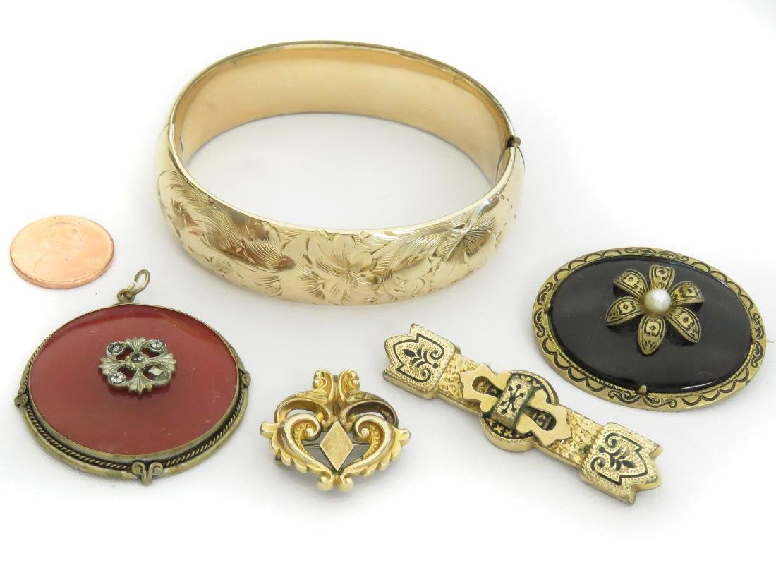 LOT (5) VICTORIAN GOLD FILLED COSTUME JEWELRY INCLUDING