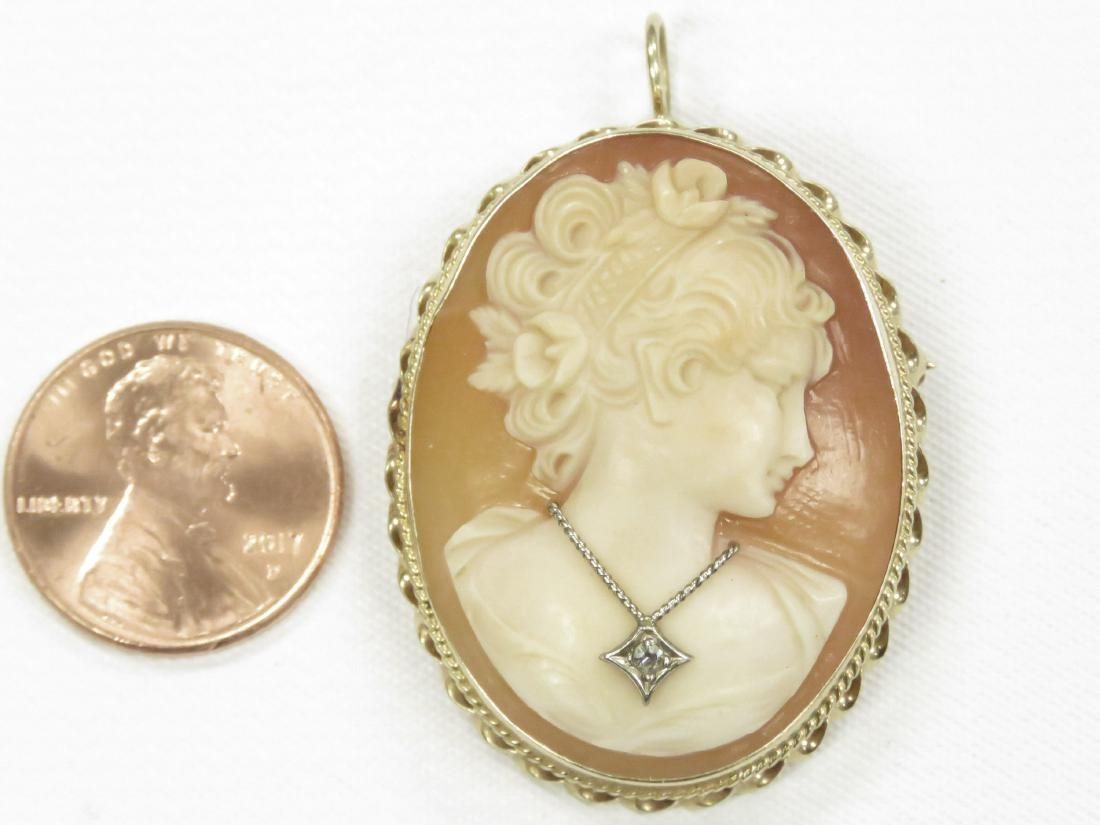 VINTAGE SHELL CARVED CAMEO BROOCH/PENDANT WITH DIAMOND