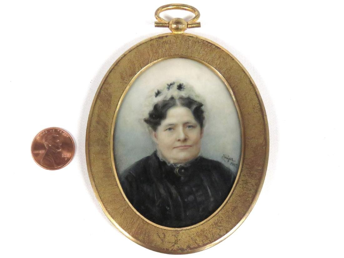 CONTINENTAL SCHOOL (20TH CENTURY), MINIATURE PORTRAIT