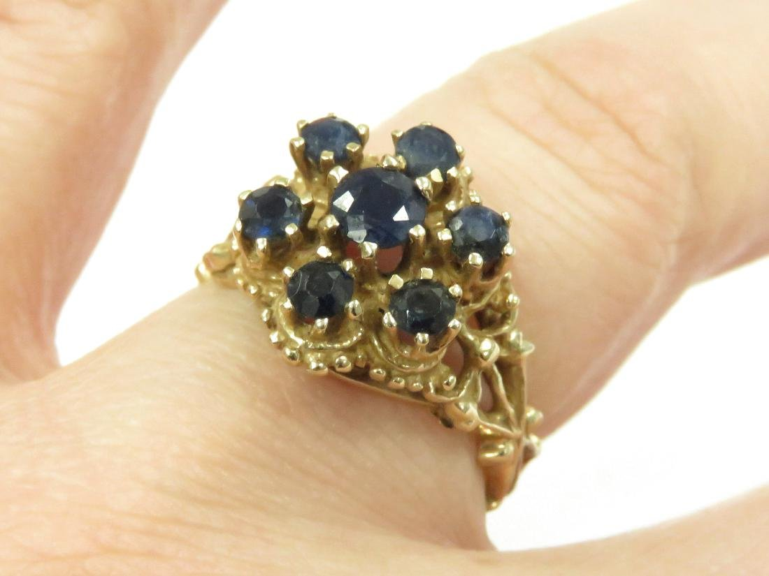 14K YELLOW GOLD AND SAPPHIRE RETICULATED COCKTAIL RING.
