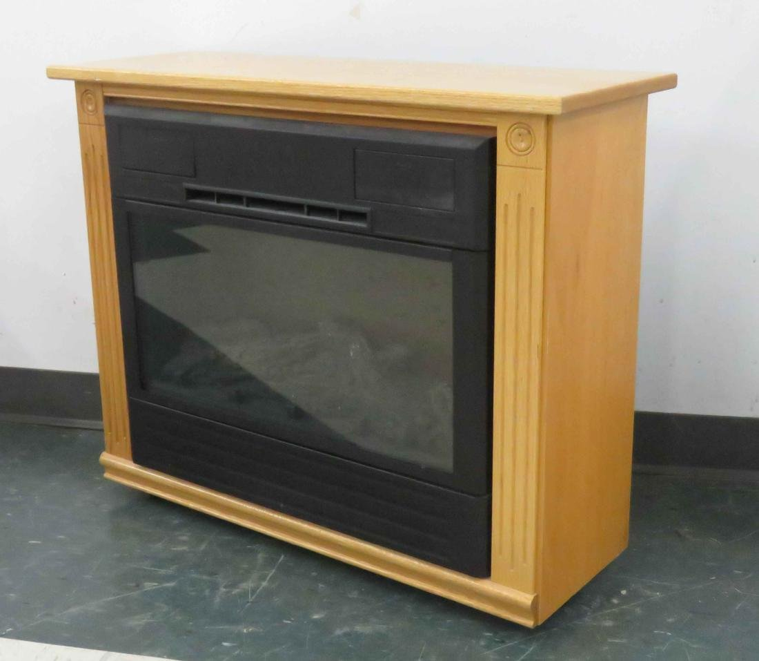 PORTABLE AMISH MANTLE FIREPLACE HEATER WITH REMOTE.