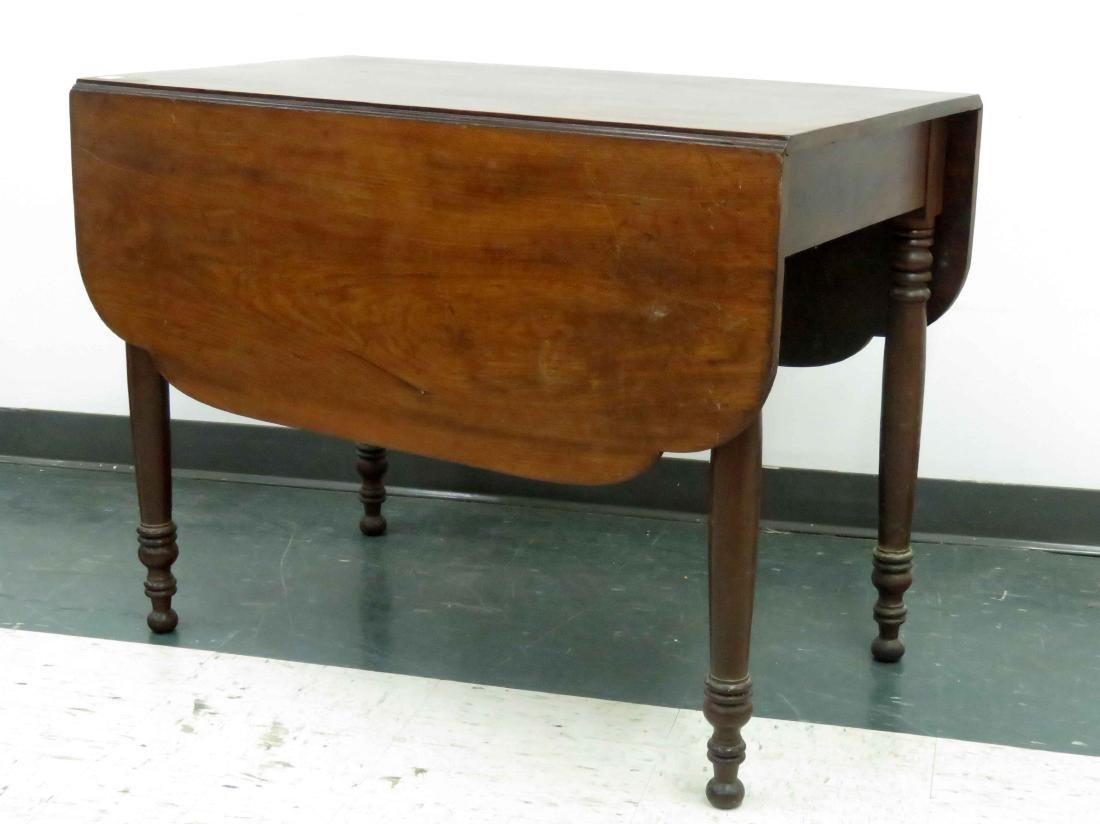 COUNTRY SHERATON WALNUT DROP LEAF TABLE, 19TH CENTURY
