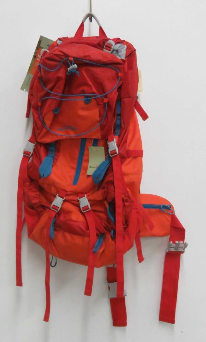 ADVENTURE RIDGE HIKING BACKPACK (NEW)