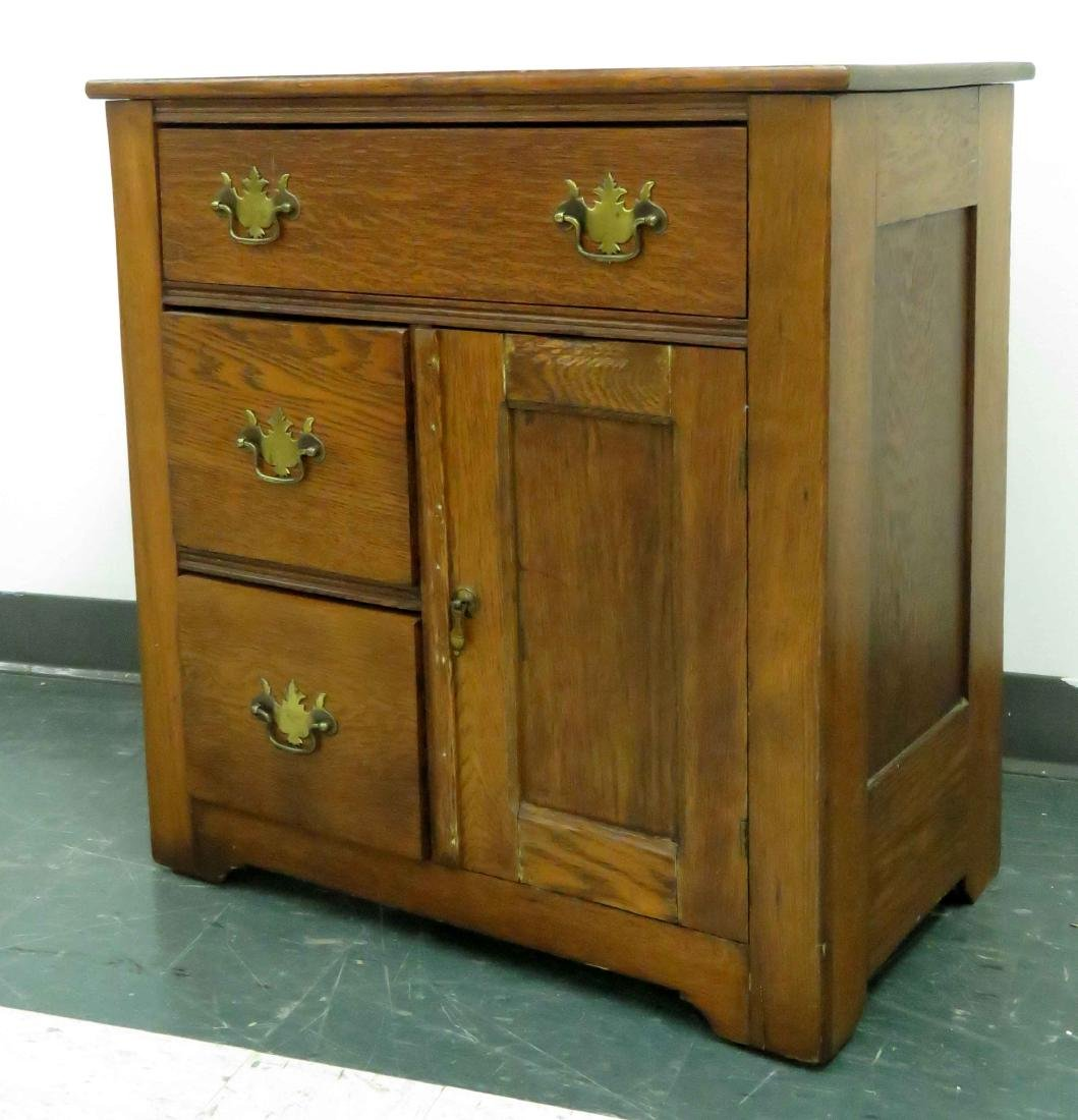 VICTORIAN OAK COMMODE. HEIGHT 28""