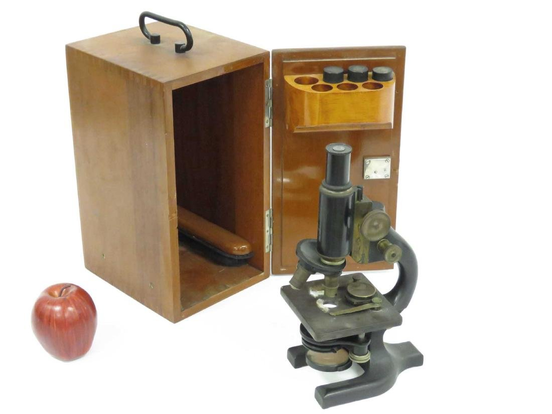 VINTAGE SPENCER MONICULAR MICROSCOPE WITH CASE