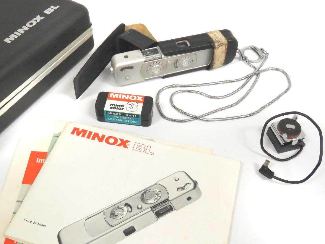 MINOX (GERMANY) BL SUB-MINIATURE CAMERA, CASED WITH