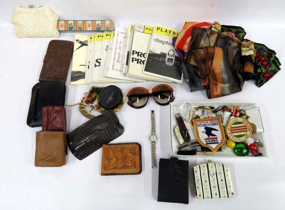 LOT ASSORTED ACCESSORIES INCLUDING SCARVES, WALLETS,