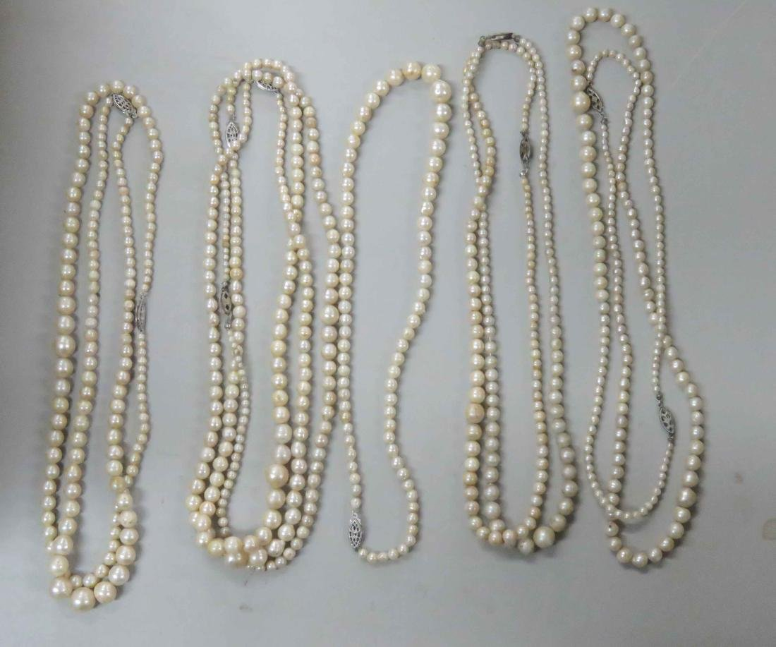 LOT ASSORTED STRANDS CULTURED PEARL NECKLACES WITH