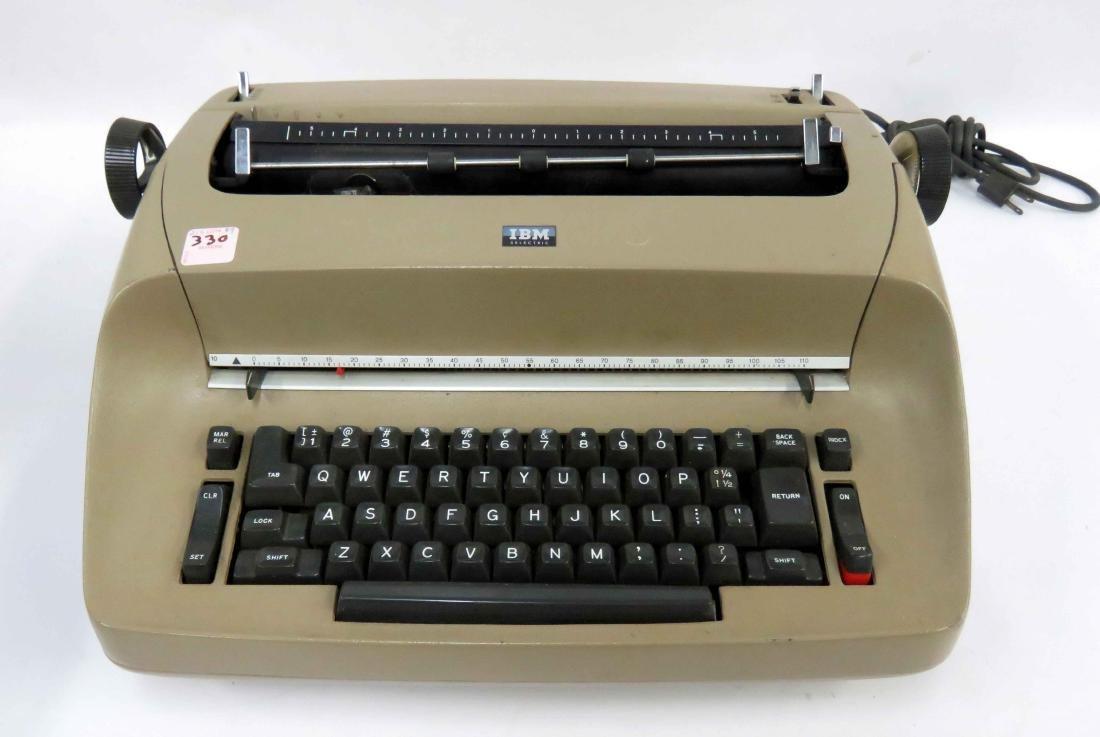 Ball typewriter