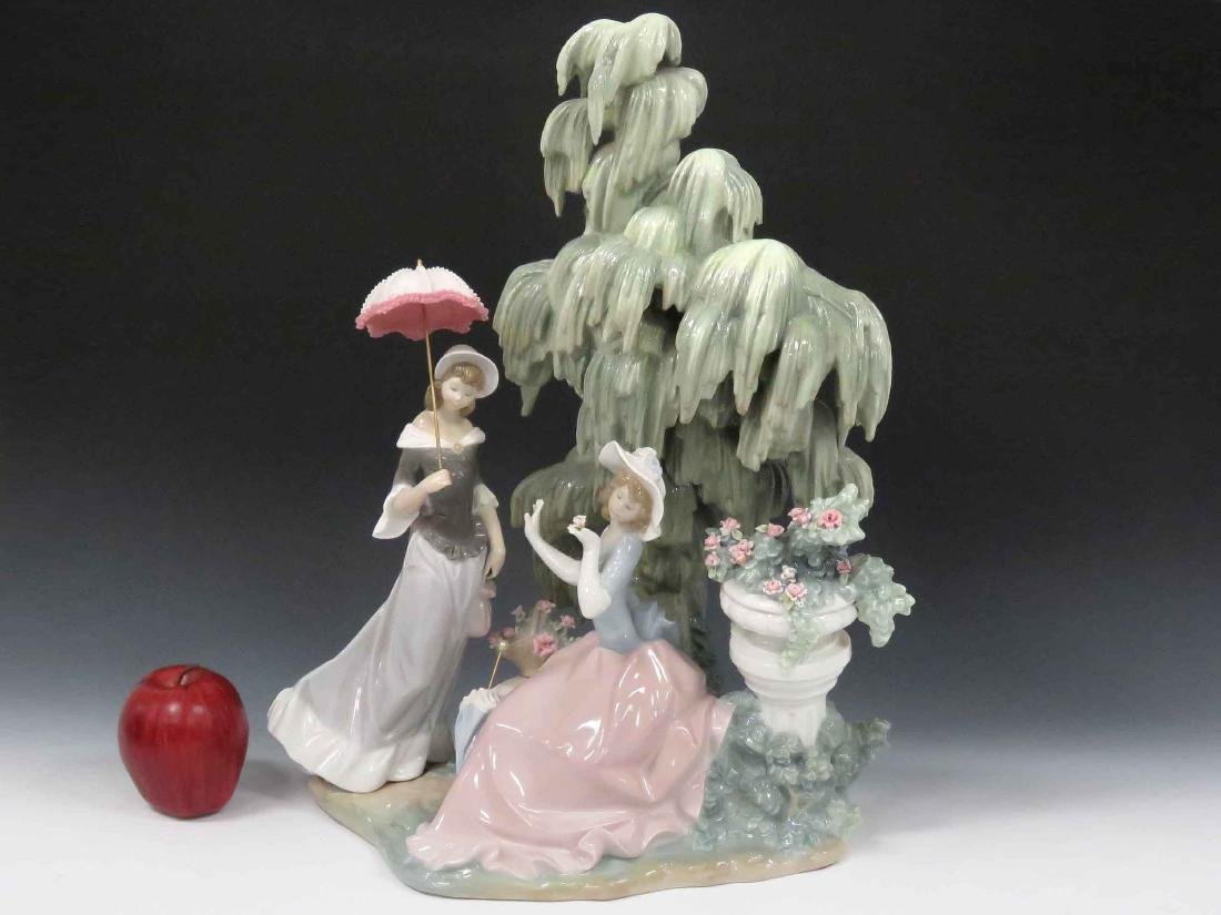 "LLADRO #1346 ""UNDER THE WILLOW"", SIGNED 1978-1990."
