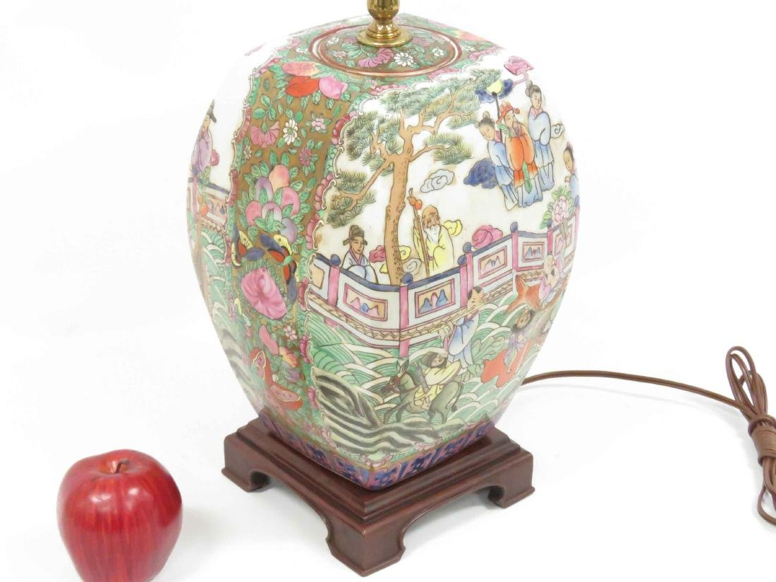 CHINESE FAMILLE ROSE DECORATED PORCELAIN TABLE LAMP. - 2