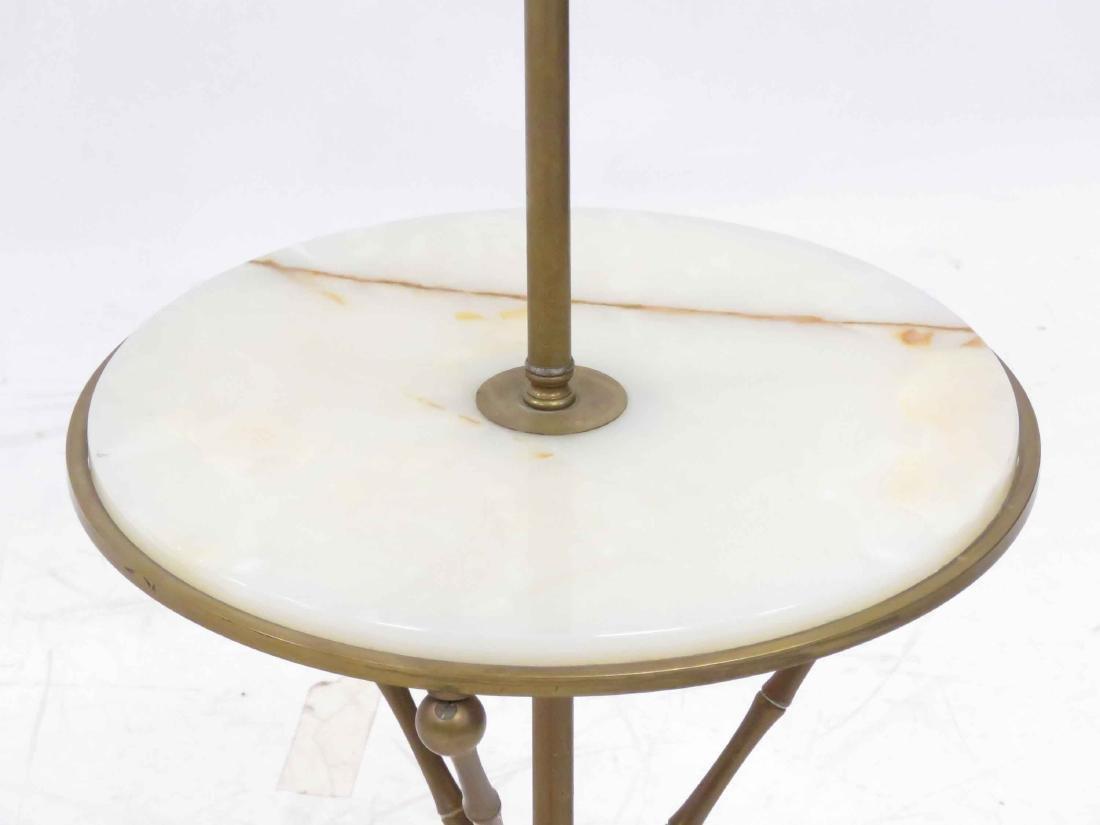 MID-CENTURY BRASS/ONYX FLOOR LAMP WITH MEDIAN SHELF. - 3