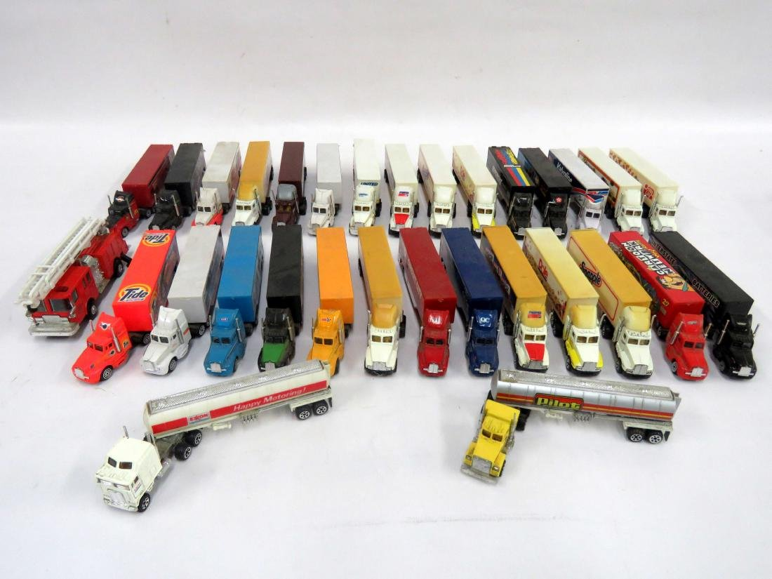 LOT (31) ASSORTED DIE CAST & PLASTIC MINIATURE TRACTOR