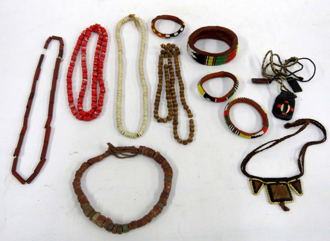 LOT ASSORTED VINTAGE ETHNIC BEADED JEWELRY INCLUDING
