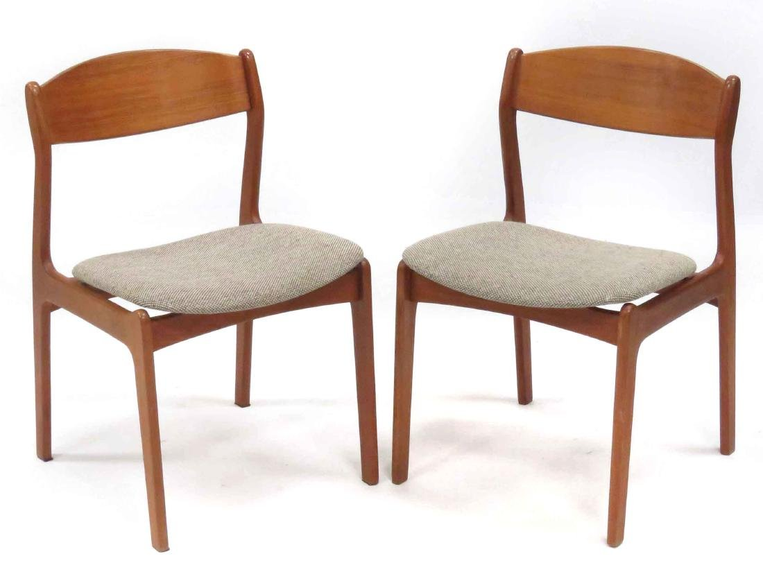 PAIR HANS WEGNER STYLE TEAK SIDE CHAIRS