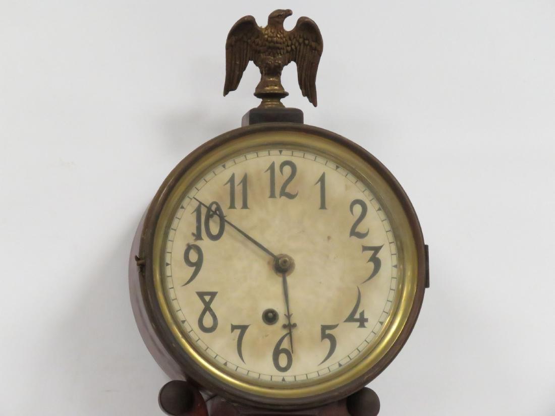 VINTAGE INGRAHAM MAHOGANY BANJO CLOCK, 19/20TH CENTURY. - 2