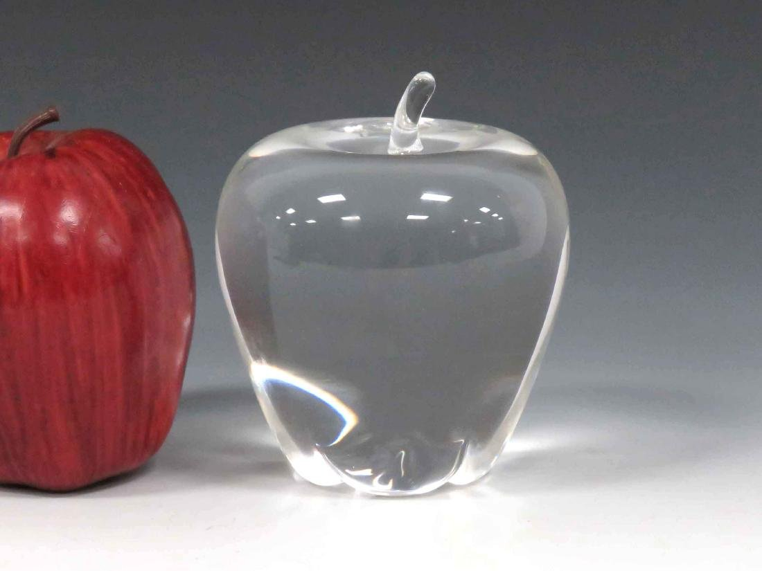 STEUBEN CLEAR GLASS PAPERWEIGHT APPLE, SIGNED. HEIGHT
