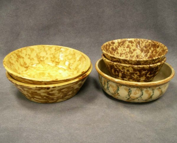 1: LOT (5) ASSORTED SPONGE DECORATED YELLOWWARE BOWLS