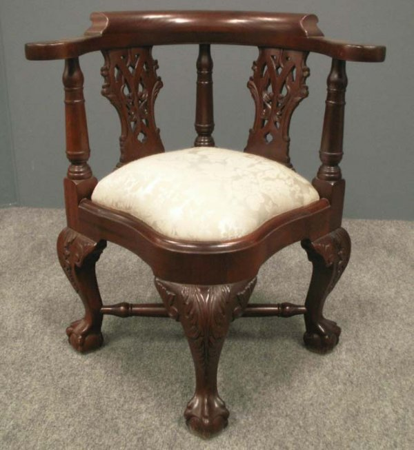 7: CHIPPENDALE STYLE MAHOGANY CHILD'S CORNER CHAIR