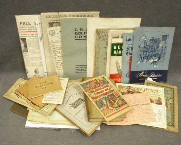 1015: BOX ASSORTED VINTAGE ADVERTISING, TRADE CATALOGUE
