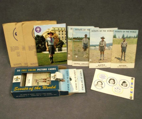 1121: LOT INCLUDING SET BOY SCOUTS OF THE WORLD PICTURE