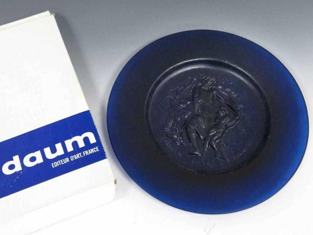 DAUM PATE DE VERRE HIVER 1970 CRYSTAL PLATE WITH BOX.