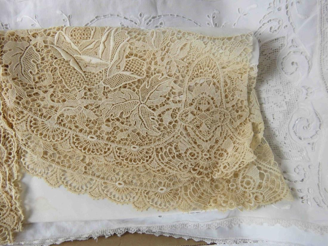 LOT INCLUDING LACED LINEN TABLE COVER & TABLE SCARVES - 2