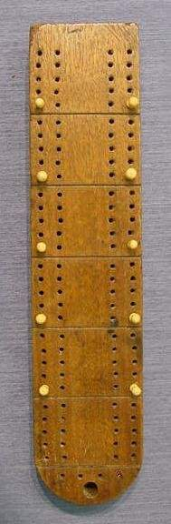 FOLK ART CARVED MAHOGANY CRIBBAGE BOARD