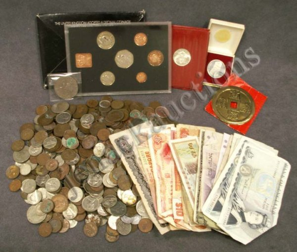 1023: LOT ASSORTED FOREIGN COINS/CURRENCY 19/20TH CENT.