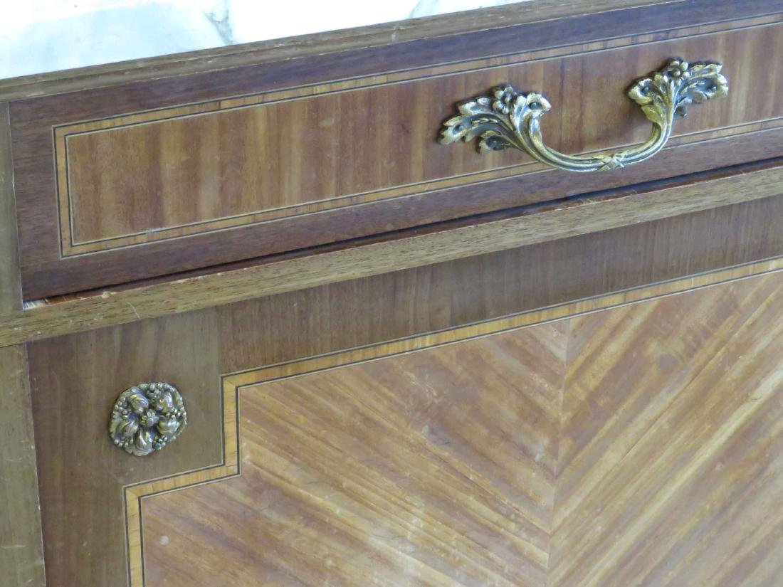 FRENCH LOUIS XVI STYLE CARVED & MARQUETRY INLAID - 4