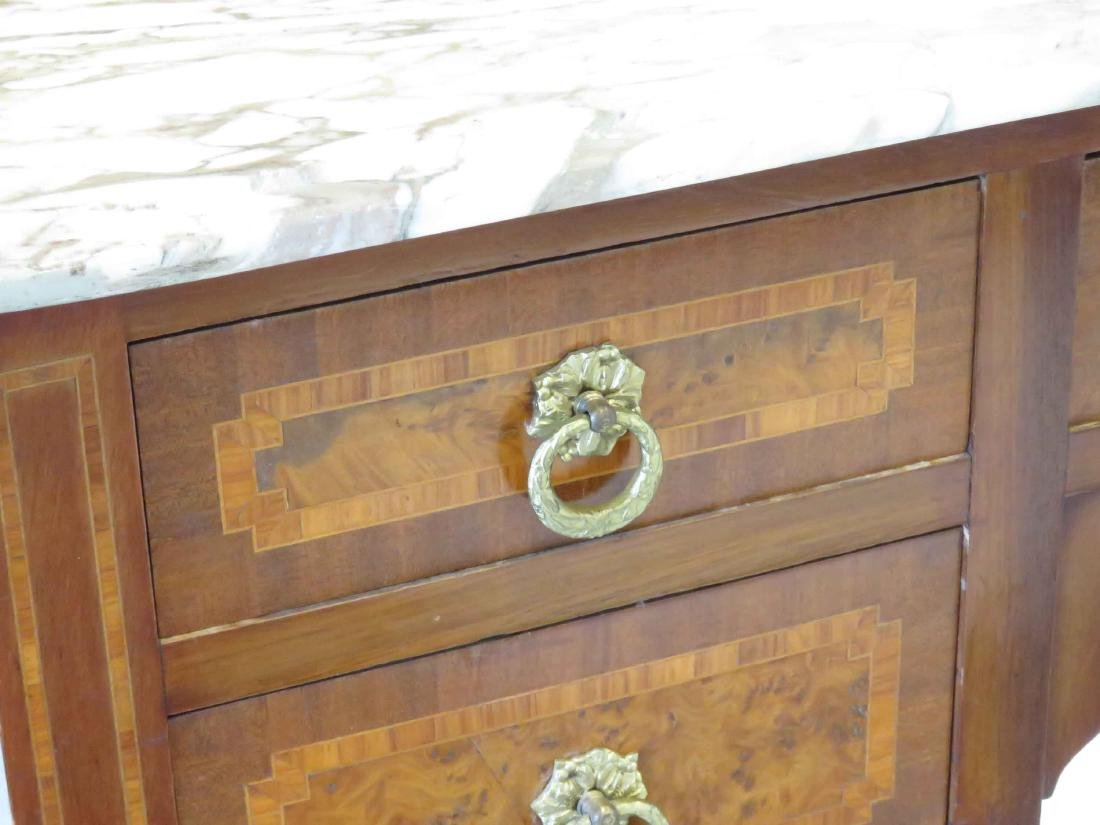 FRENCH LOUIS XVI STYLE CARVED & MARQUETRY INLAID - 5