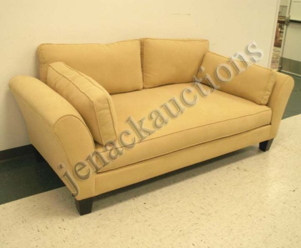 23: CONTEMPORARY SOFA/DAY BED