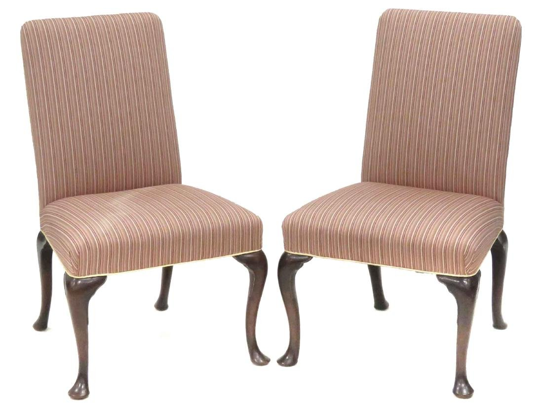 SET (8) QUEEN ANNE STYLE UPHOLSTERED DINING CHAIRS