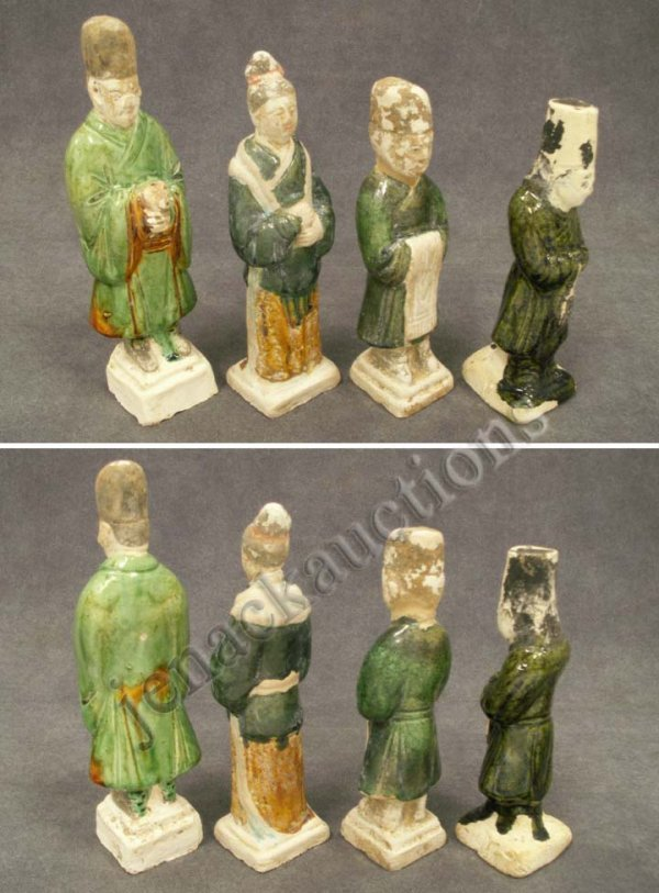 1005: LOT (4) CHINESE POTTERY TOMB FIGURES, MING