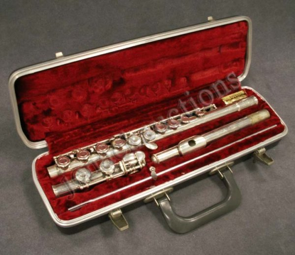 5: BUNDY AND SELMER SILVER PLATED FLUTE WITH CASE