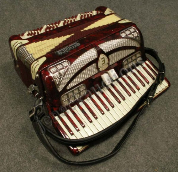 16: VINTAGE EMPIRE ACCORDION WITH CASE