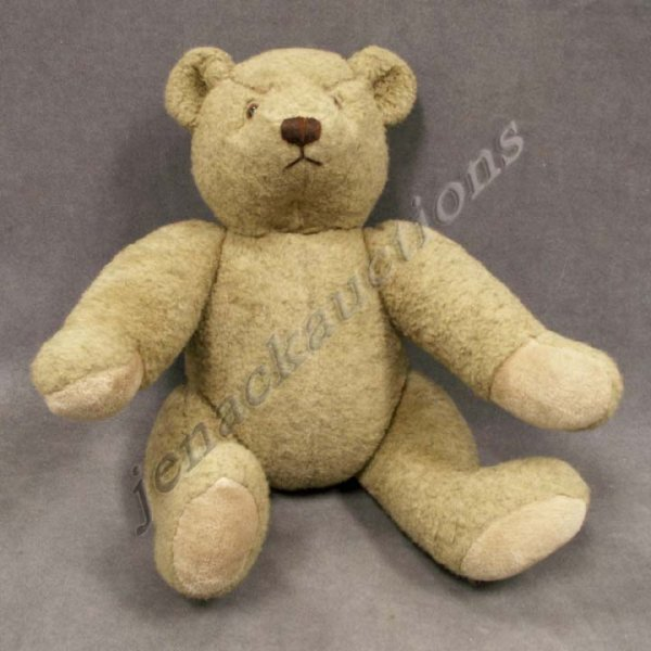 1001: JOINTED TEDDY BEAR WITH GLASS EYES