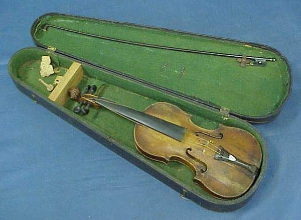 19: GERMAN VIOLIN WITH BOW AND CASE
