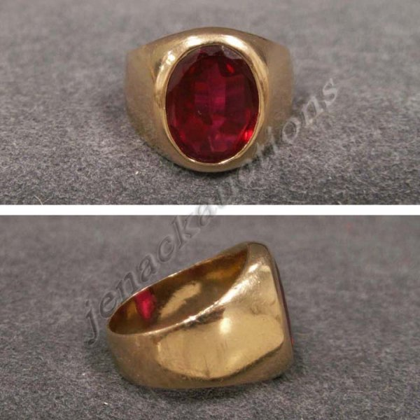 2013: YELLOW GOLD (TESTS 14K) SYNTHETIC RUBY RING