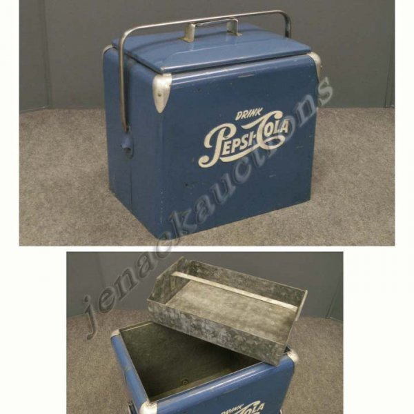 17: VINTAGE PEPSI COLA COOLER-PROGRESS REFRIGERATOR CO