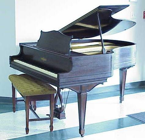189: CHICKERING MAHOGANY BABY GRAND PIANO