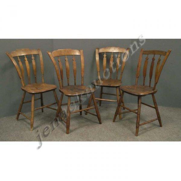 1019: SET PINE ARROW-BACK PLANK SEAT SIDE CHAIRS