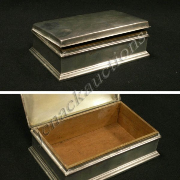 6: GORHAM STERLING CIGARETTE BOX WITH WOOD LINING