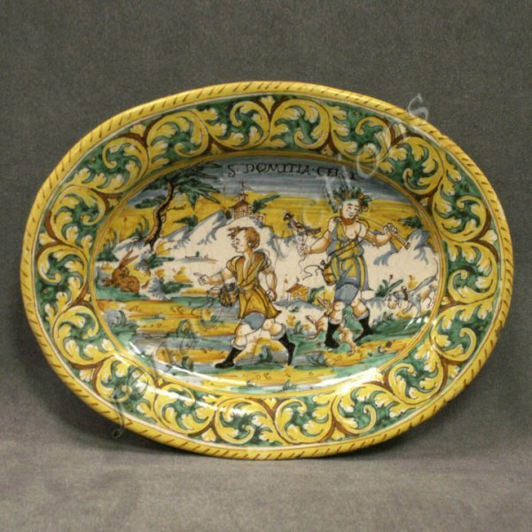 22: ITALIAN FAIENCE DECORATED POTTERY PLATE