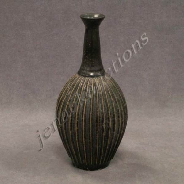 24: CHINESE YUAN STYLE RIBBED BOTTLE-FORM POTTERY VASE