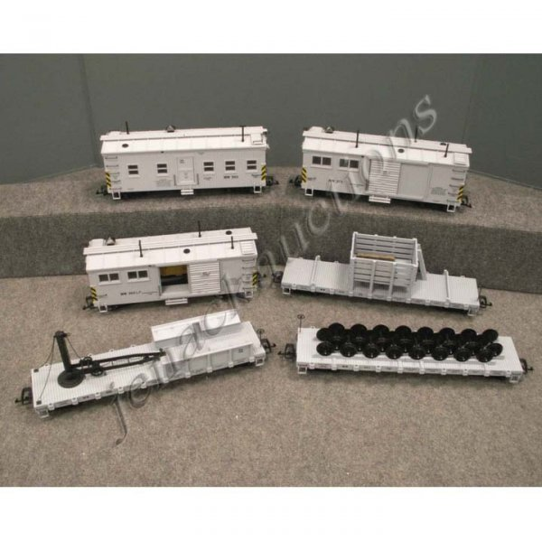 11: LOT (6) CHARLES RO G-SCALE WORK CARS